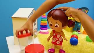 #Niloya ve #Pepee oyuncakları. Niloya'nın yüzü kızarıyor. Eğitici çocuk videosu ve #doktoroyunları