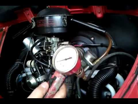 Tonella medindo a compressão do motor do fusca 2 3