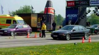 BMW e39 540i vs Golf III VR6