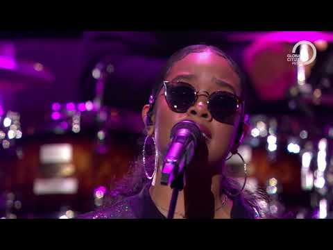 H.E.R. performs Fate Global Citizen Prize 2019