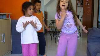 kelly key : me pegue puxe!! primos dançando