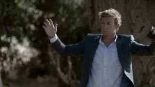 The Mentalist 7x02-Jane saves Lisbon´s life