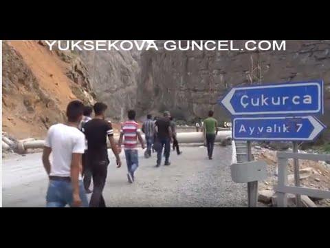 PKK Çukurca'da Yol Kontrolü...Kürt Kardeşim Kanma bu Ermenilere...