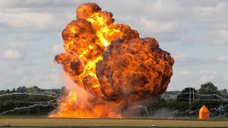BIGGEST Explosion Compilation 2015 - BEST EXPLOSIONS EVER !