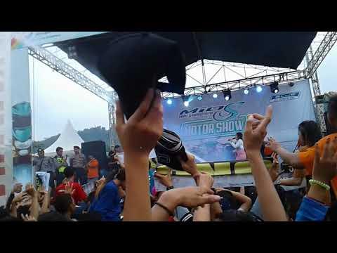 Xxx Mp4 SAYANG Via Vallen Live Alun Alun Bung Karno Ungaran 3gp Sex