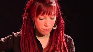 Natascha Bell -