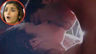 OMG : Did Varun Dhawan just kiss Alia Bhatt?