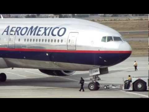 AeroMexico Boeing 777 N746AM Pushback