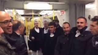 Coro di Uri - Inno della Brigata Sassari a Londra (Dimonios)