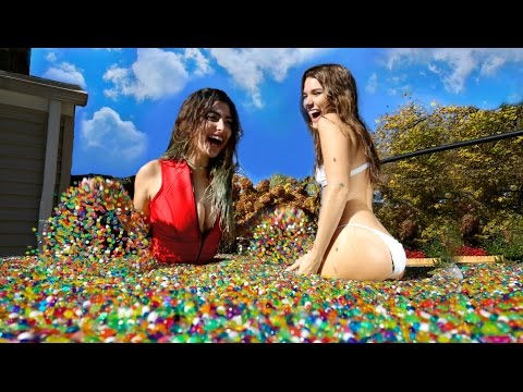 10 Million Orbeez In Hot Tub