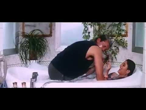 Xxx Mp4 Kareena Kapoor Bathing 3gp Sex