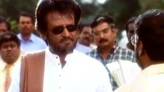 Narasimha Movie || Rajanikanth Saves his Family Action Scene