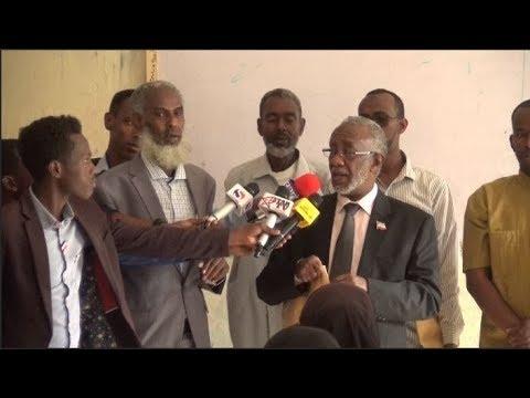 Xxx Mp4 DEG DEG Wasiirka Waxbarashada Somaliland Oo Daahfuray Imtixaanka Shahadiga Ee Dalka 3gp Sex