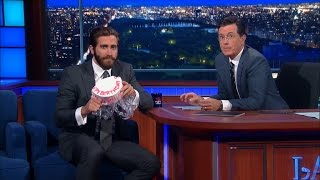 Jake Gyllenhaal Responds To Amy Schumer's Cake Thievery
