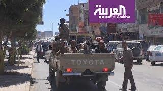 الحوثي يتذرع بأقارب صالح لتهريب خبراء إيران