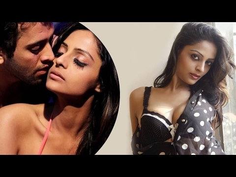 Leena Kapoor-Ekaansh's COZY CLIP | Madmast Barkhaa Movie