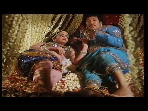 Xxx Mp4 Dr Vishnuvardhan And Jayamalini Full Hot Romance Scenes Gurushishyaru Kannada Movie 3gp Sex