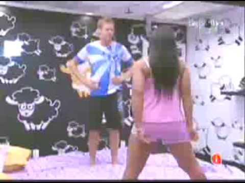 BBB 9 Priscila lutando com Flavio 20 03 09 parte 2