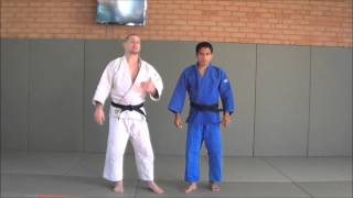 A Right vs right gripping sequence for competitive Judoka