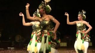 Dance in Indonesia: Bedaya Sarpo Rodra