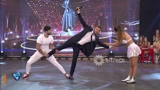 Marcelo Tinelli intentó hacer un truco de baile que hizo Silvina luna en su coreo