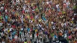 Oprah's Kickoff Party - Flash Mob Dance!