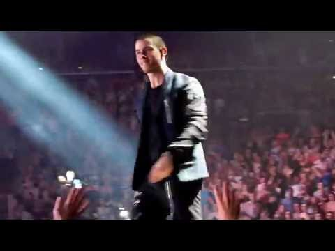 Xxx Mp4 Nick Jonas Ft Jamie Foxx Blame It On The Alcohol 7 8 16 Barclays Center 3gp Sex