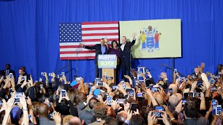 Former President Obama campaigns for Murphy