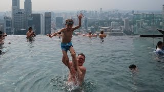 Hotel Pool Jumps Fun - Singapore Holidays - Crazy Roof Pool