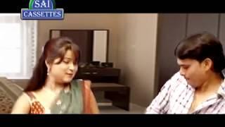 Bhojpuri Aunty And Young Boy Enjoy Alone At Home - Bhojpuri Aunty Hot Scene