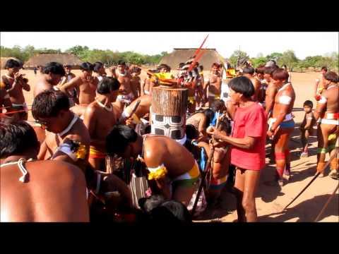 Priscila e Julie no Xingu