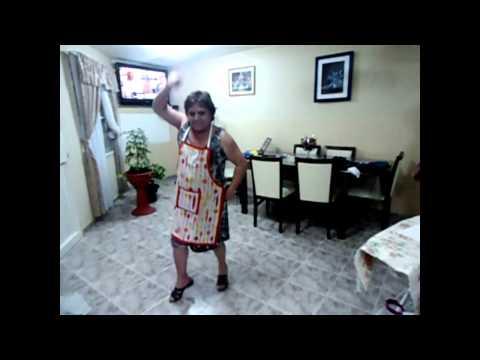 Gangnam Style Abuela