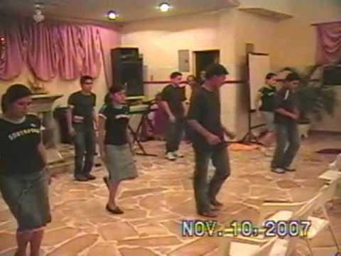 Especial de danza cristiano En los montes en los valles