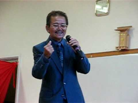 funny asian guy singing
