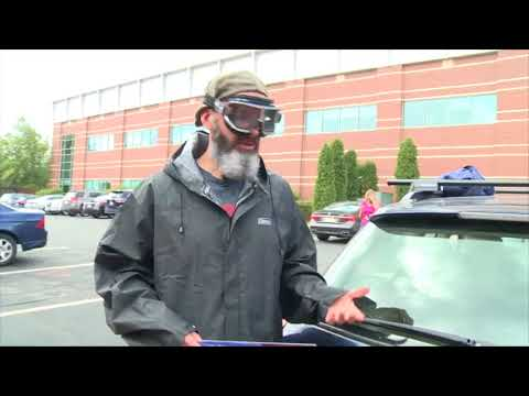 Easy Steps For Changing Your Windshield Wiper