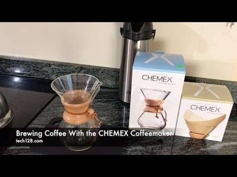 Brewing Coffee With the CHEMEX Coffeemaker