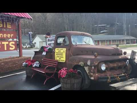 Maggie Valley, North Carolina: Abandoned Properties, Mountain Museum and Hillbilly Gift Shops