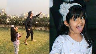 Akshay Kumar Flying Kite With CUTE Daughter Nitara At House Rooftop on Makarsankranti wid Family
