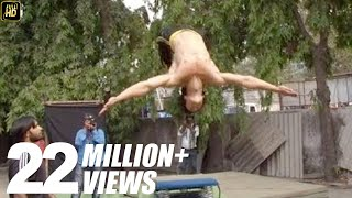 Tiger Shroff's live Karate stunts