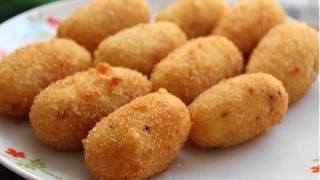 Crispy Potato Nuggets | Easy Party Starter Recipe | Cheesy Potato Nuggets Recipe