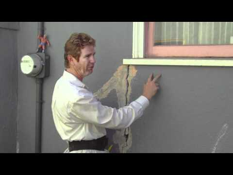 Fix structural cracks on plaster walls