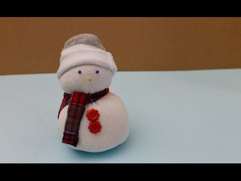 Easy craft: How to make a sock snowman