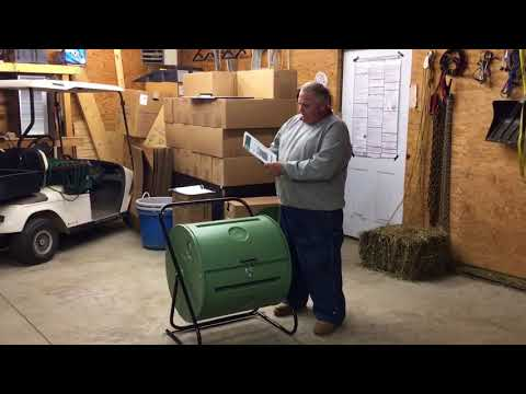 Reviewing the Mantis Back Porch Compost Tumbler.