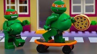 LEGO Ninja Turtles Pizza Fail