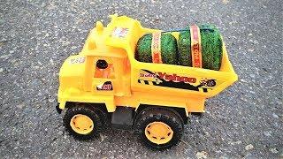 Toy Truck VS Big Sutli | ट्रक के हुए हजार टुकडे |