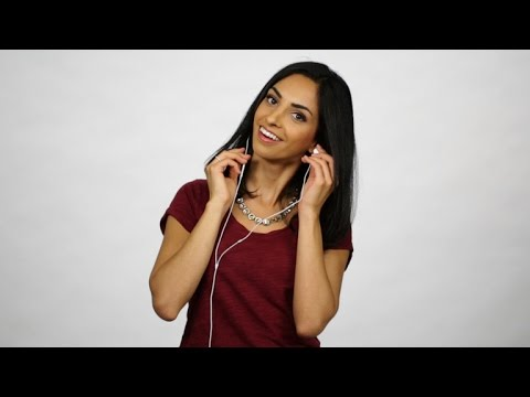 CNET How To - 5 ways to wrap your headphones