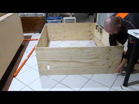 Whelping box fold up