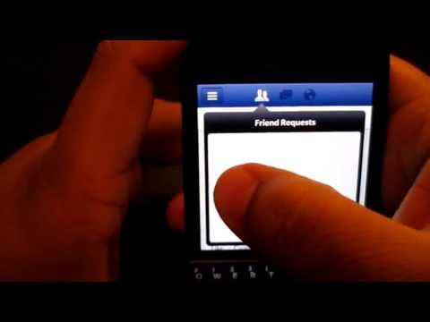 Blackberry Q10 Hub and Facebook (demo)