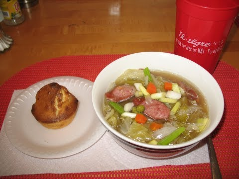 HOW TO MAKE CABBAGE AND SAUSAGE SOUP