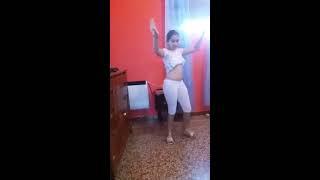 رقص الجميلة على اليوتيوب